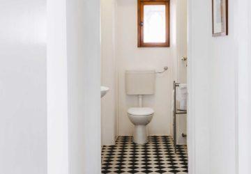 il bagno bianco e nero